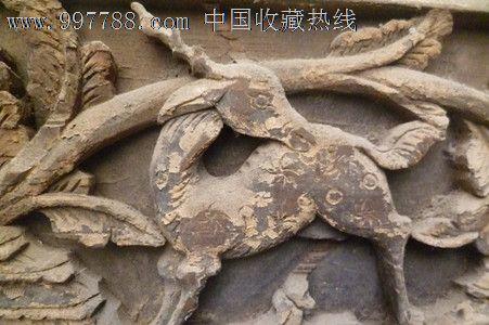 保真清朝时期实木浮雕沉雕狮子和鹿回首雕板一套2块老木房子上的窗花