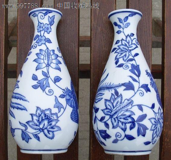 高仿手绘青花瓶