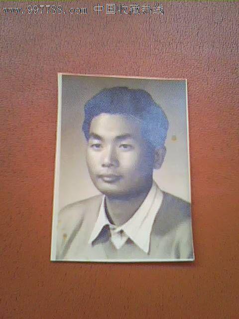 一寸青年老照片图片