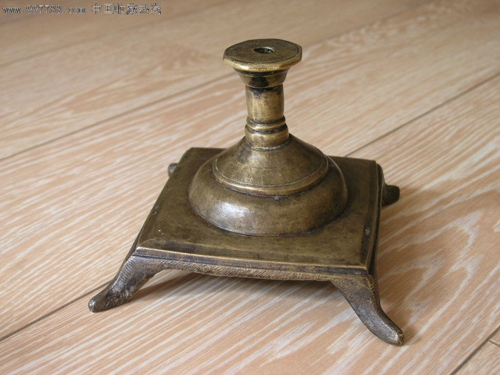 藏244-清末四方底座葫芦形供奉用大号铜香插厚