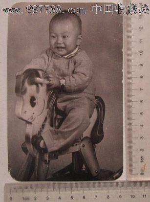 骑木马的可爱娃娃_价格元