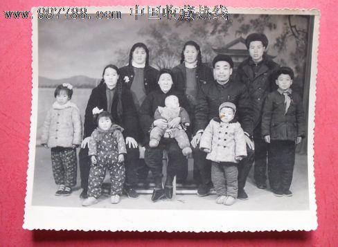 大家庭照图片