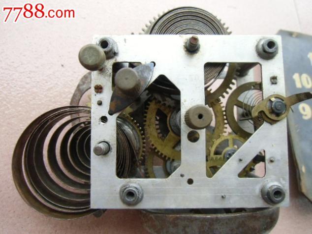 机械闹钟设计内部结构图