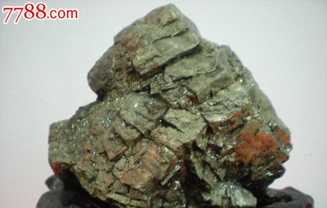 矿石标本一件