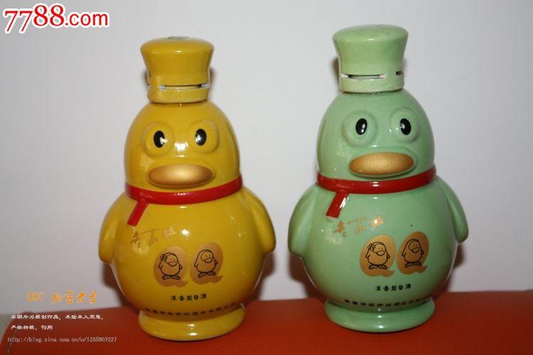 品种: 酒瓶-酒瓶 属性: 2010-2019年,白酒瓶,,陶瓷,动物形,民俗,中国
