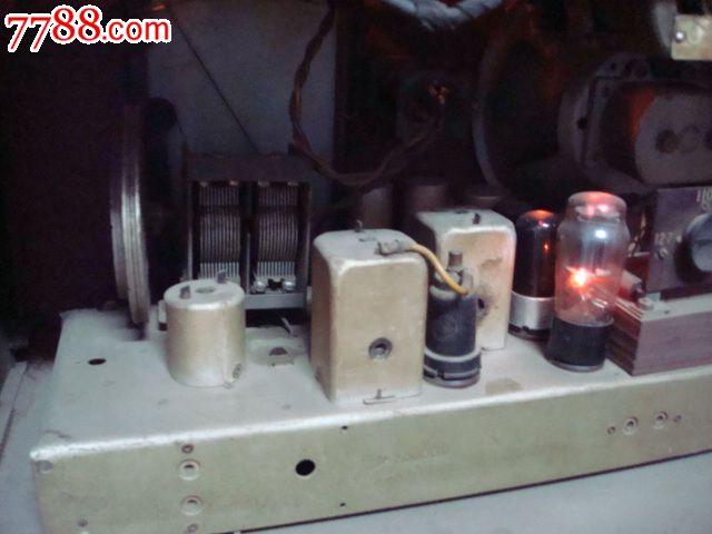 前苏联【明斯克】大八角电子管收音机