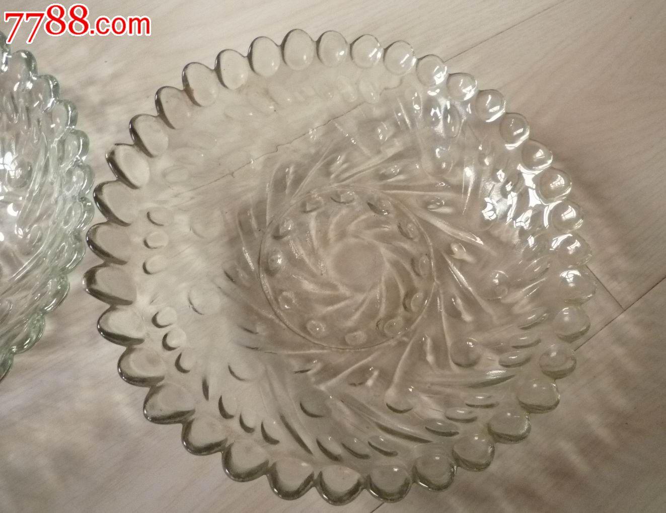 怀旧经典收藏老式凹凸不平花纹图案白色透明玻璃盘子一对