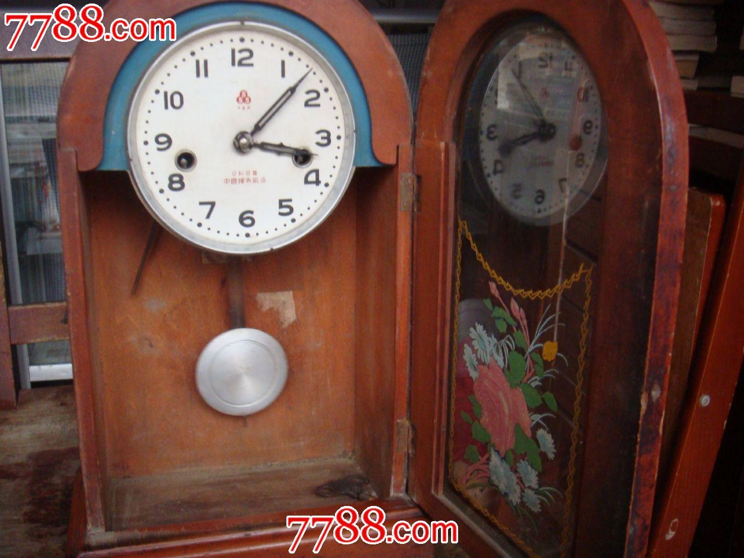 老式座钟一个图片