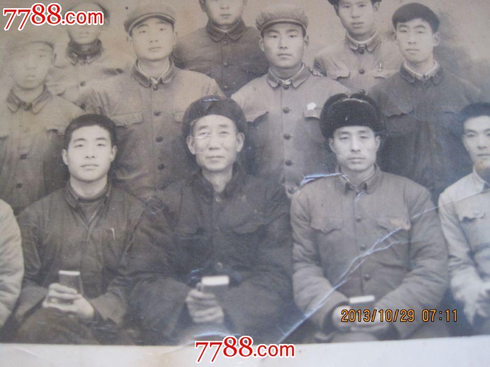 1970年(河北省安新县)端村中后街大队基干民兵入伍图片