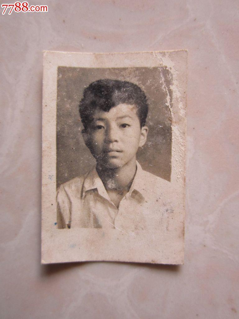 1957年青年小伙照片