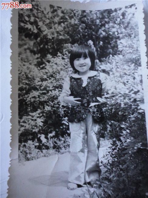 可爱的小女孩_价格3元_第1张_中国收藏热线