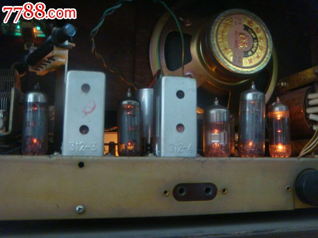 精品红灯电子管711-3收音机