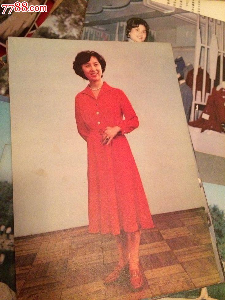 新式服装80年代服装画片!