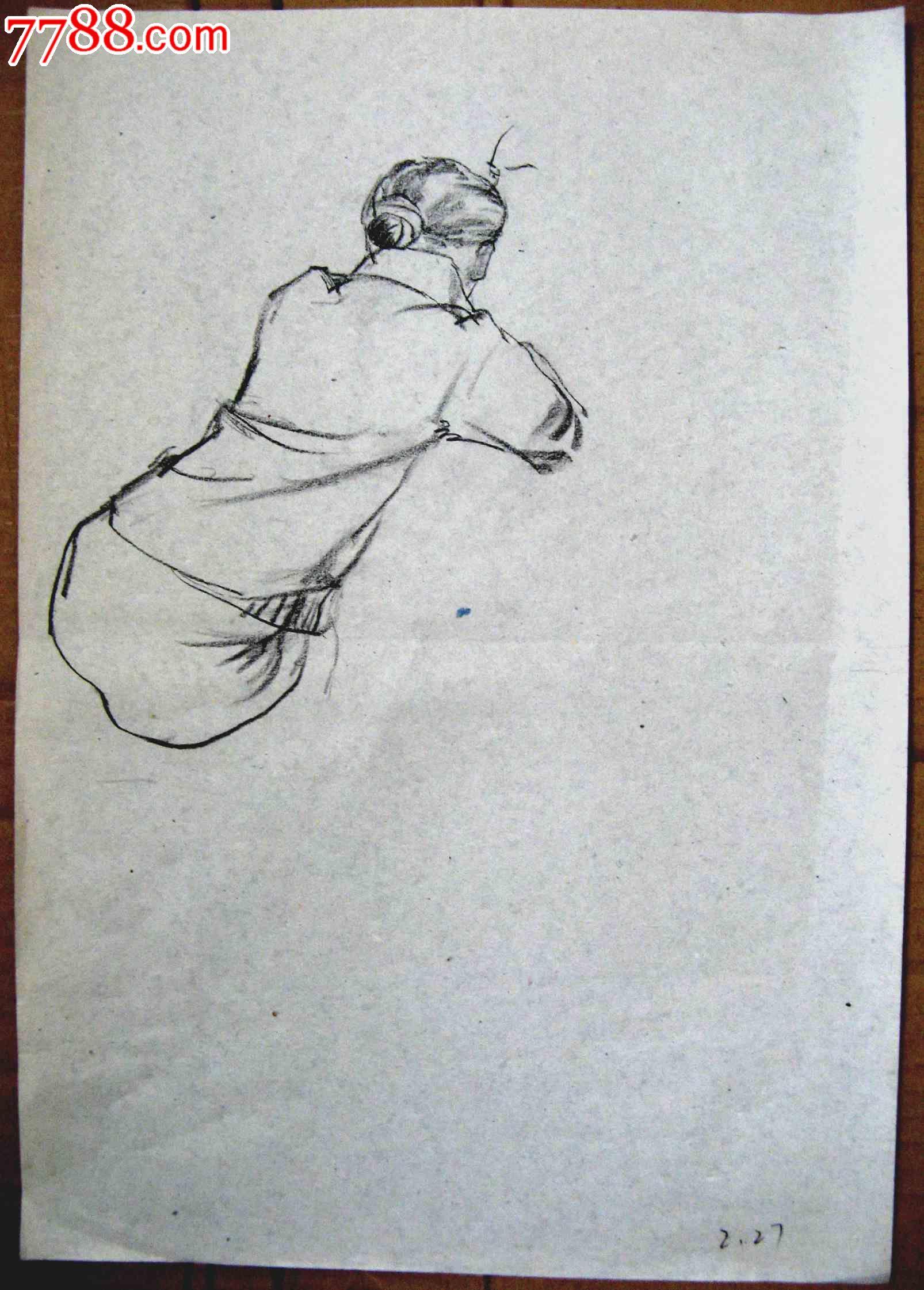 素描人物画2幅:绘画课上的女生等