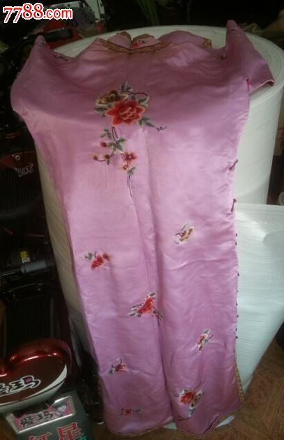 特价民国绣工精美花卉图美女旗袍长袍一件包老怀旧收藏丝绸绸缎面影视