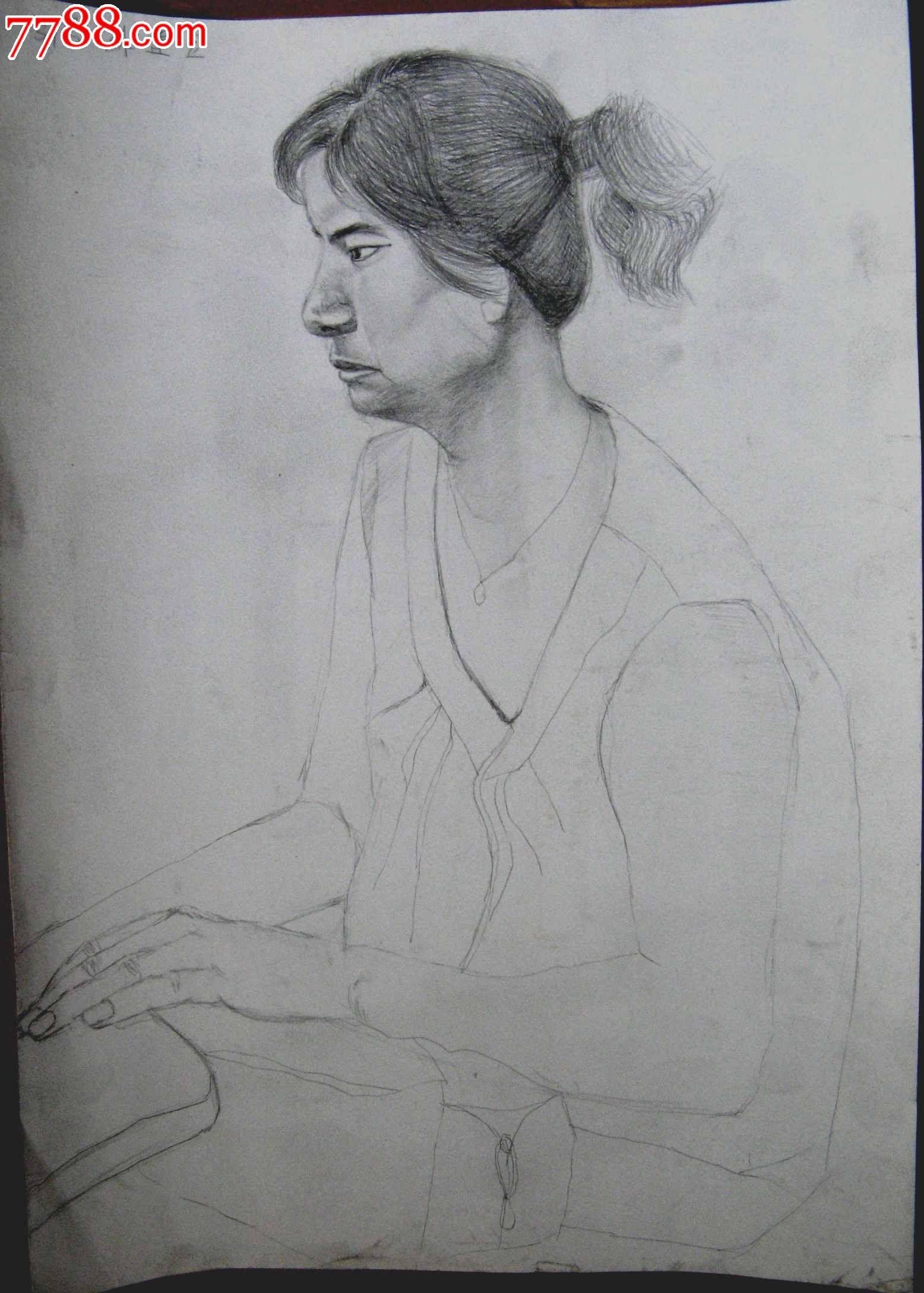 铅笔素描写生人物图:女子坐像