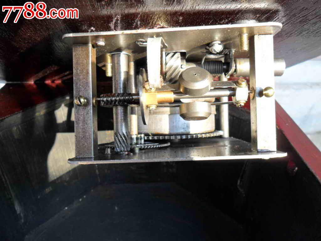 电唱机10倍电压放大电路