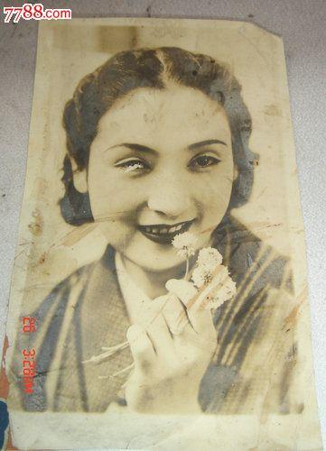 民国日本女人单人照片