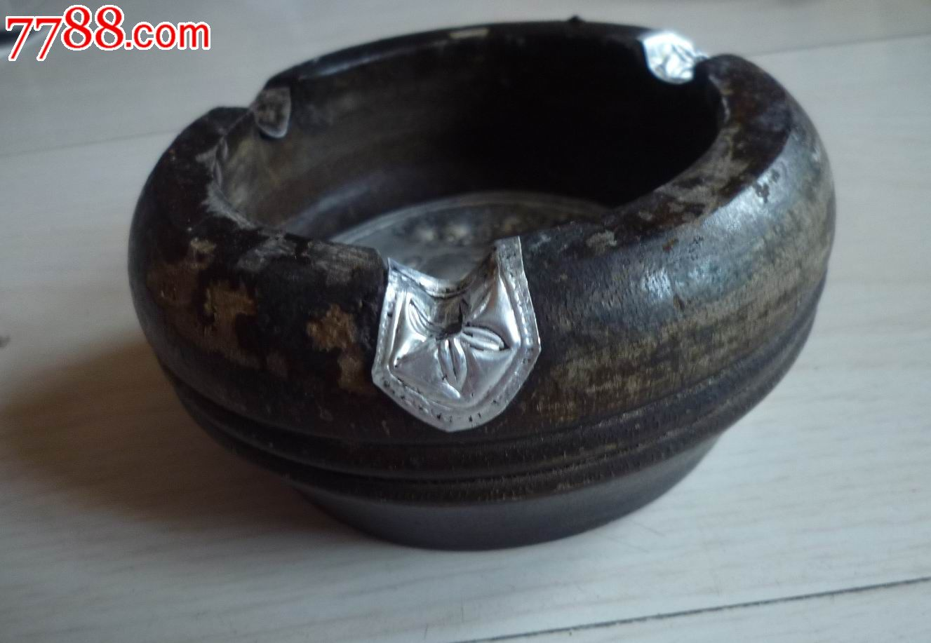 怀旧经典收藏母子双象图案银质底木头圆形烟灰缸